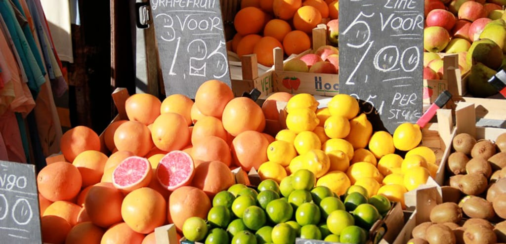 mercado de rua em amsterdam