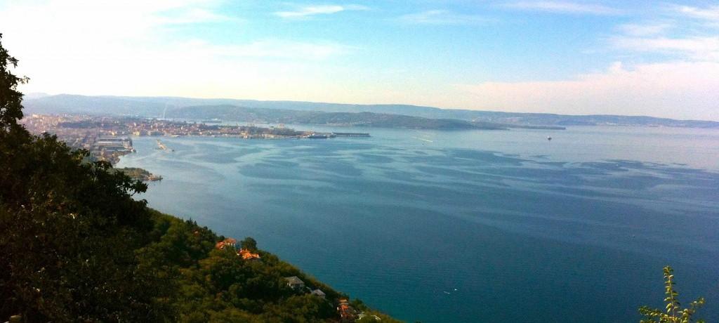 Conheça a lindíssima Trieste no norte do país, uma cidade encantadora