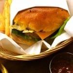 202 Hamburger & Delicious