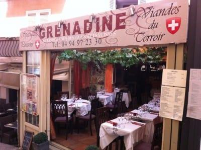 O restaurante Grenadine no centro da cidade