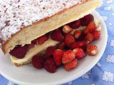 A famosa torta Tropeziana no Club 55