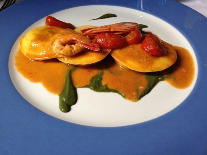 Ravioli na Osteria del Mare em Olbia, Sardenha, por Original Miles