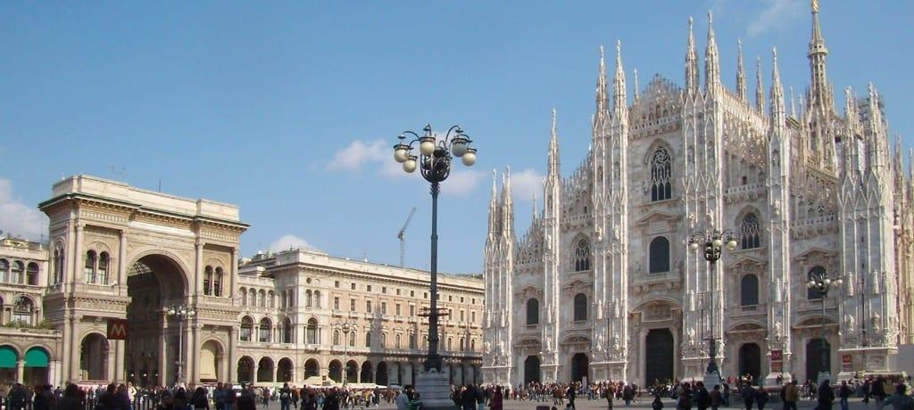 Roteiro sofisticado para as semanas de moda de Milão