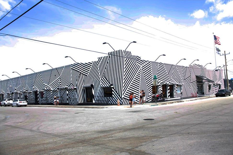 Miami - Wynwood, o novo point em Miami. ESTADOS UNIDOS, COSTA LESTE, FLÓRIDA, MIAMI, WYNWOOD, GRAFITE
