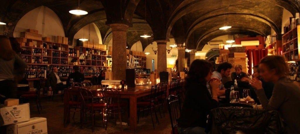 5 lugares para curtir o aperitivo milânes e a noite em Milão