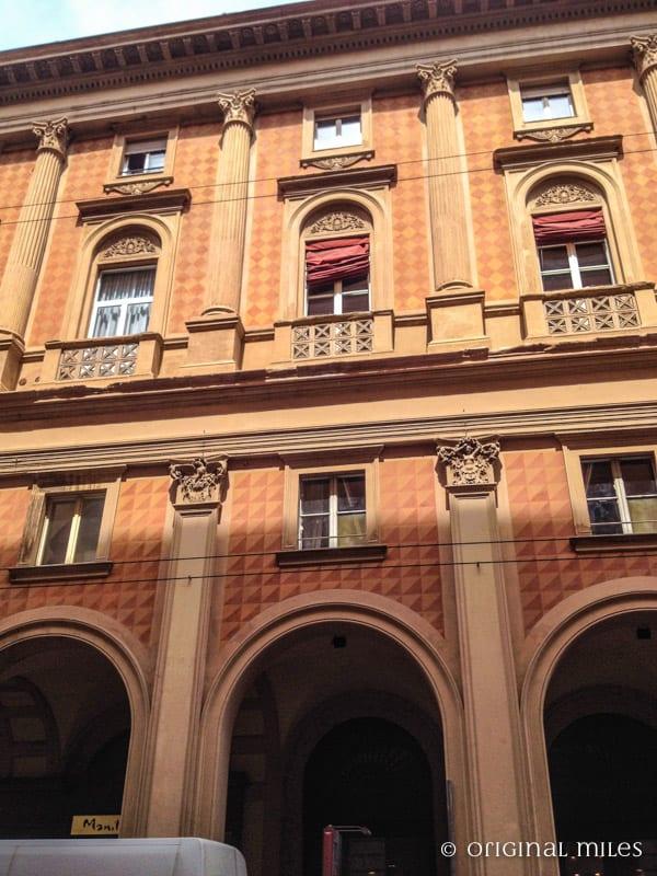 04-bolonha-uma_cidade_cosmopolita_e_artistica_ao_norte_da_italia