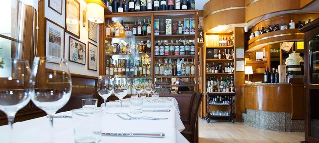"""Restaurante Cocchi: típica culinária """"parmigiana"""""""