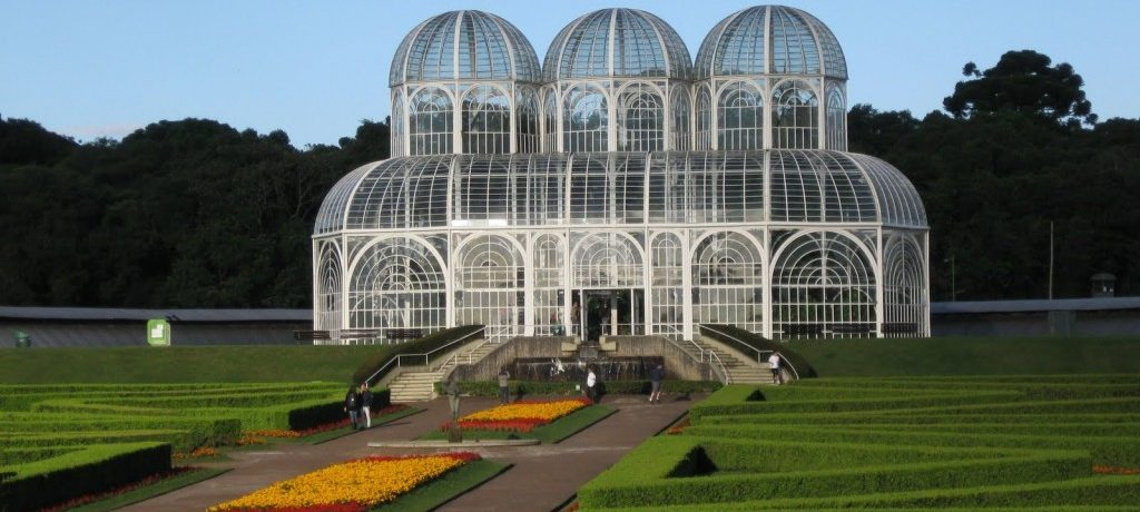 Um ótimo programa: Museu Oscar Niemeyer e Jardim Botânico