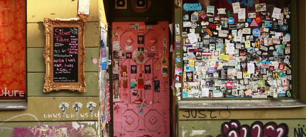 Neukölln: muros grafitados e espaços públicos reinventados