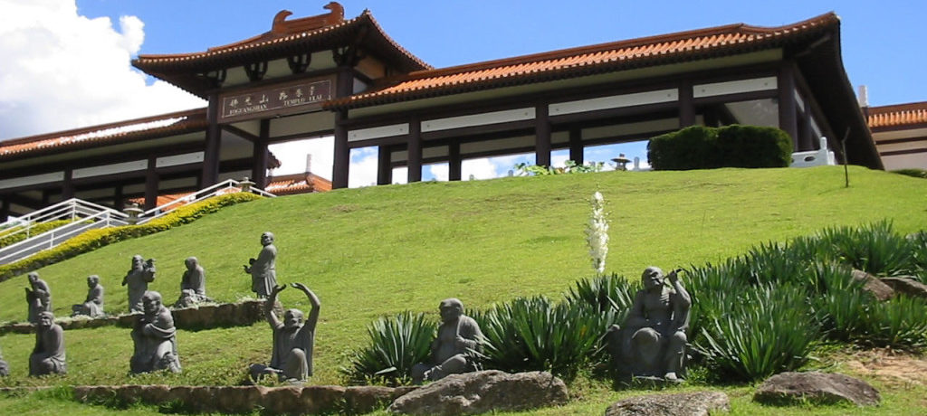 Templo Zu Lai ótimo passeio pra relaxar