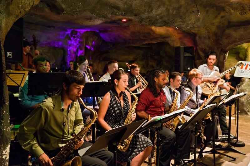 orquestra_bohemian_caverns_by_original_miles