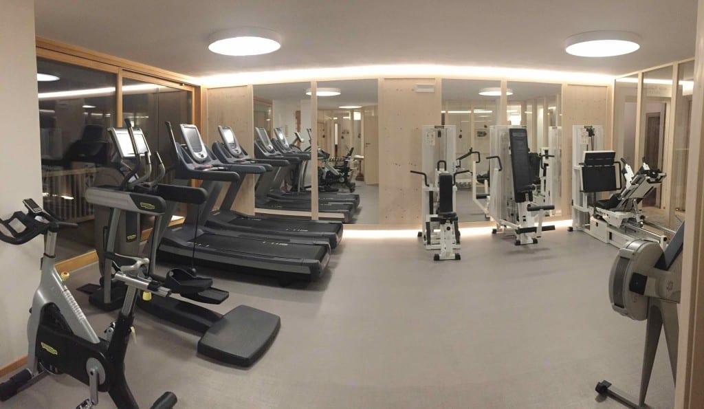 Sala de ginástica super completa