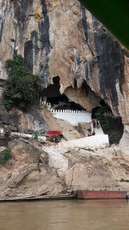 Caverna no rio Mekong