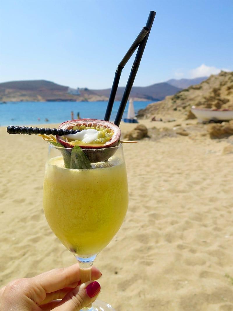 melhores beach clubs em mykonos alemagou