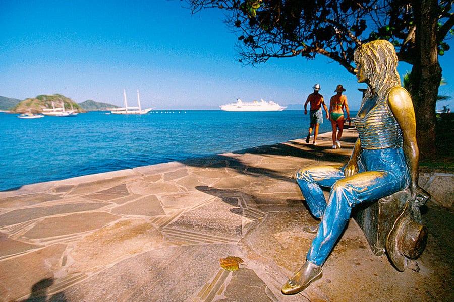 Hotel Vila da Santa escultura brigitte bardot