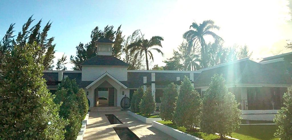 hotéis 5 estrelas na Jamaica trident hotel