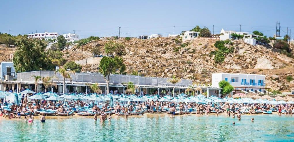 os-melhores-beach-clubs-de-mykonos